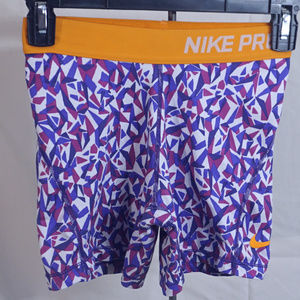 Girl's Nike pro training active shorts EUC L
